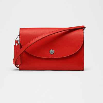Avery Clutch - Coral